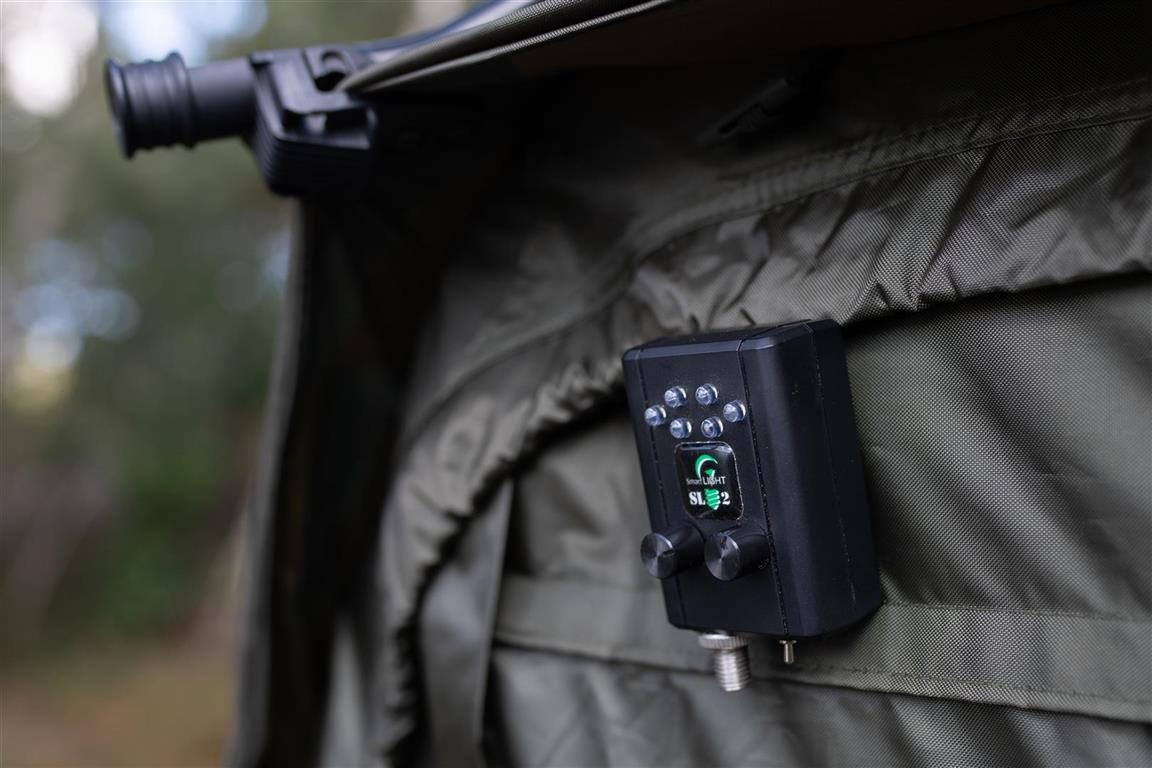 De Smartlight 2 van Smart Indicators aan de tent