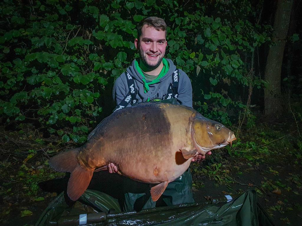 Nieuw meerrecord op Carpfarm lake: 30kg+