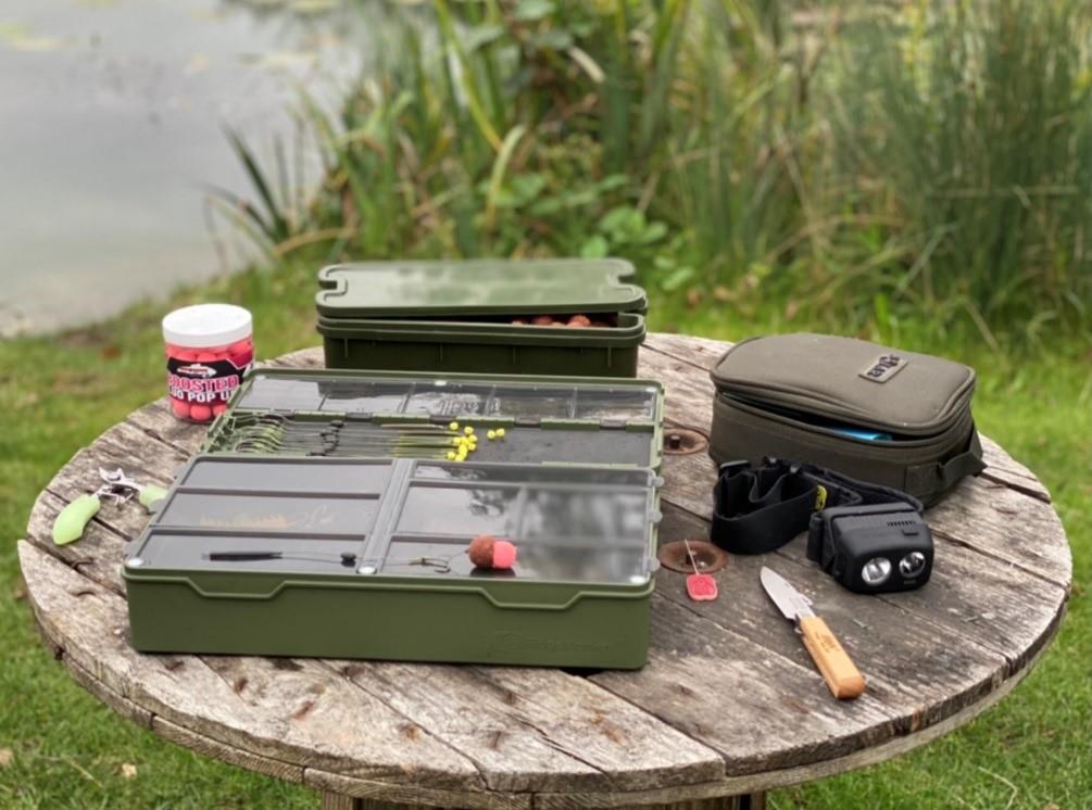 Een goed gevulde tacklebox is een must voor iedere visser.