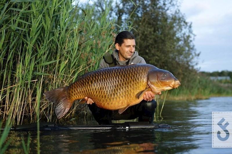 Jumper (34kg), een prachtschub die haar rondjes zwemt op Kelchterhoef