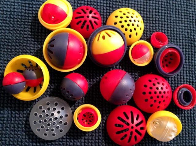 Baitcages van Karpela Cont. in diverse kleuren en uitvoeringen